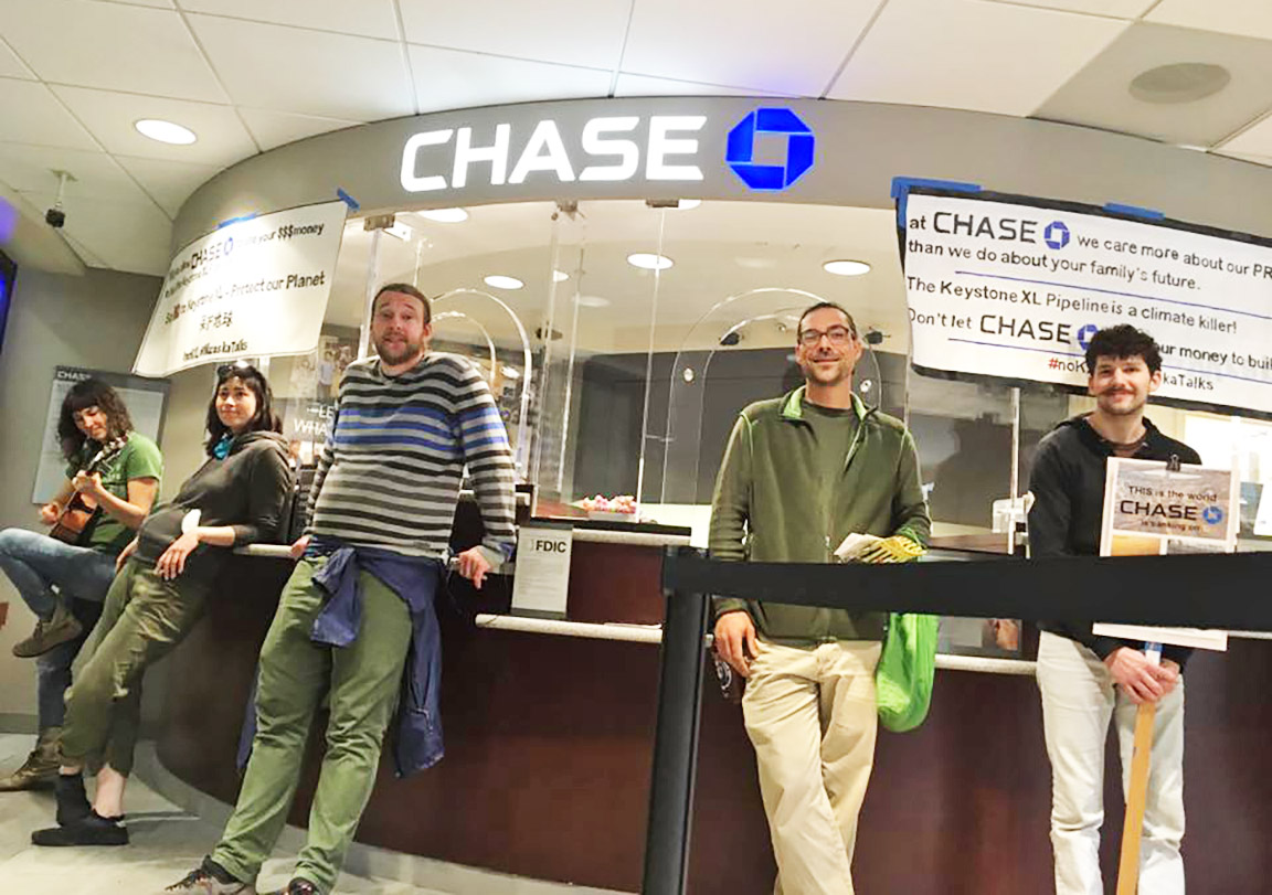 Shutting Down Chase Bank - © EmmaPeel Washington