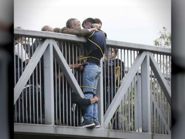 Strangers Rescue Suicidal Man From Bridge UK © Nigel Howard